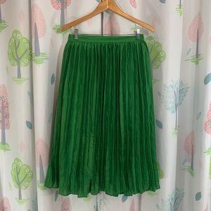 Vibrant Green Pleated Accordion Skirt